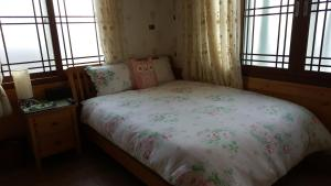Baggrae Pension, Holiday homes  Seogwipo - big - 33