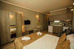Batumi Orient Lux, Apartmanok  Batumi - big - 297