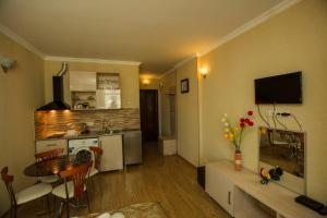 Batumi Orient Lux, Apartmanok  Batumi - big - 298