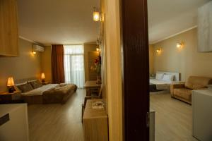 Batumi Orient Lux, Apartmanok  Batumi - big - 315