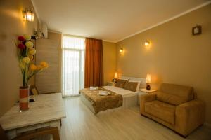 Batumi Orient Lux, Apartmanok  Batumi - big - 293