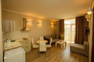 Batumi Orient Lux, Apartmanok  Batumi - big - 288