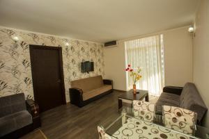 Batumi Orient Lux, Apartmanok  Batumi - big - 277
