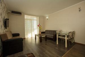 Batumi Orient Lux, Apartmanok  Batumi - big - 278