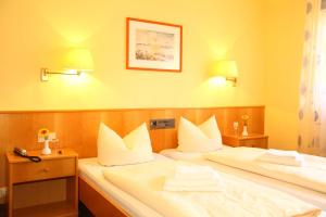 Hotelpension zum Gockl, Гостевые дома  Аллерсхаузен - big - 33