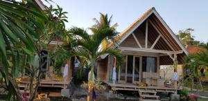 The Deny's Huts, Privatzimmer  Nusa Lembongan - big - 39