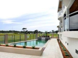 Watermark 2, Holiday homes  Yamba - big - 3