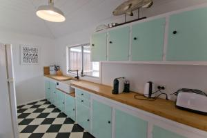 Patara13, Holiday homes  Yamba - big - 10