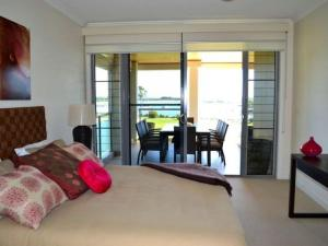 Watermark 2, Holiday homes  Yamba - big - 10