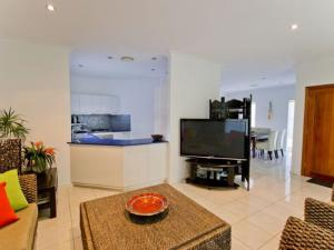 Moorings B, Holiday homes  Yamba - big - 2