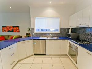 Moorings B, Holiday homes  Yamba - big - 4