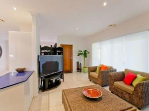 Moorings B, Holiday homes  Yamba - big - 5