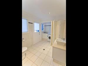 Moorings B, Holiday homes  Yamba - big - 13