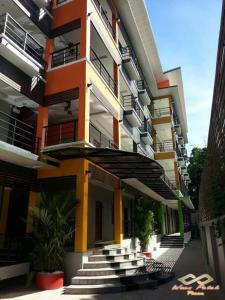 Waen Petch Place Hotel, Hotel  Ubon Ratchathani - big - 29