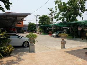 Waen Petch Place Hotel, Hotel  Ubon Ratchathani - big - 28