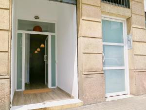 Three-Bedroom Apartment with Patio (2-6 Adults)