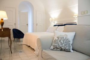Marunnella Rooms & Apartment, Guest houses  Capri - big - 11
