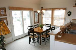 Carolina Comfort Home, Dovolenkové domy  Corolla - big - 5