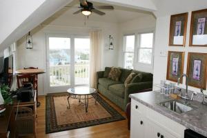 Carolina Comfort Home, Dovolenkové domy  Corolla - big - 13