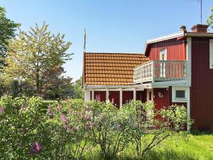 Holiday Home Borgholm Iii, Prázdninové domy  Högsrum - big - 16