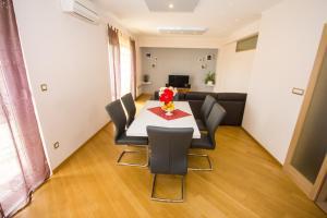 Charming apartman Pio Split, Апартаменты  Сплит - big - 12