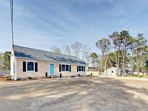 10 Melva St Home Home, Holiday homes  South Yarmouth - big - 3