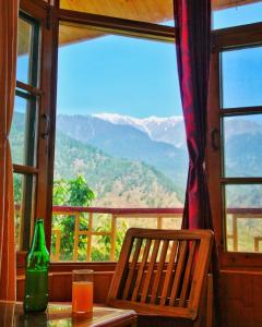 Nag's lodge, Bed and breakfasts  Nagar - big - 8