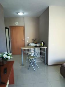 Sveta Elena Apartment, Apartments  St. St. Constantine and Helena - big - 12