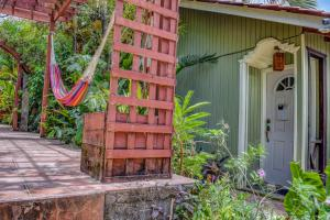 Roatan Backpackers' Hostel, Hostelek  Sandy Bay - big - 148