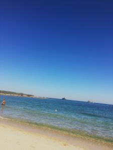 Grazioso bilocale a 50 mt dal mare - AbcAlberghi.com