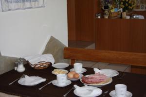 Pension Family Fábsits, Bed & Breakfast  Hévíz - big - 56