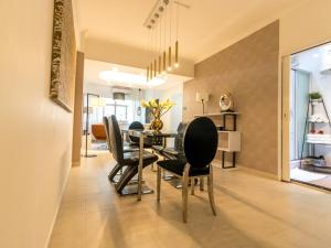 Large Boutique Style Apartment - Upper House, Апартаменты  Гонконг - big - 16