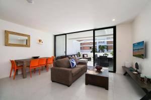 Pinetree Apartments - 1 Bedroom Studio #306