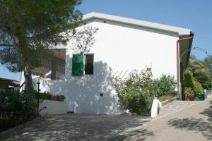 Appartamenti La Scogliera Trilo Alma - AbcAlberghi.com