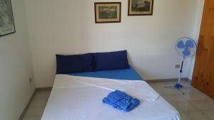 Appartamento con ampio giardino 19, Dovolenkové domy  Torre dell'Orso - big - 20