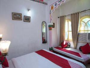 OYO 12726 Home Heritage Lake View Hanuman Ghat, Apartments  Udaipur - big - 10