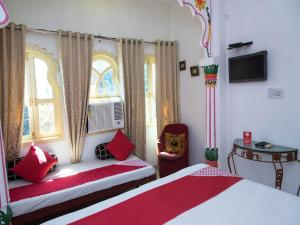 OYO 12726 Home Heritage Lake View Hanuman Ghat, Apartments  Udaipur - big - 11