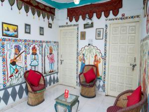 OYO 12726 Home Heritage Lake View Hanuman Ghat, Apartments  Udaipur - big - 16