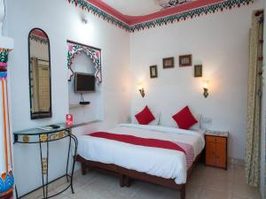 OYO 12726 Home Heritage Lake View Hanuman Ghat, Apartments  Udaipur - big - 25