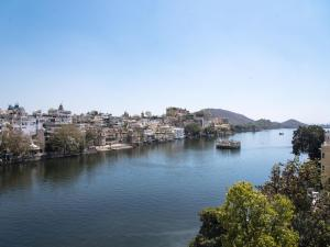 OYO 12726 Home Heritage Lake View Hanuman Ghat, Apartments  Udaipur - big - 29