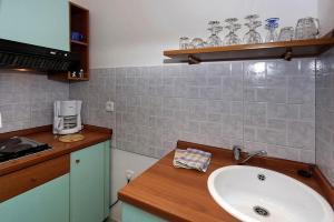 Apartement Aida AP2, Apartmány  Poreč - big - 20