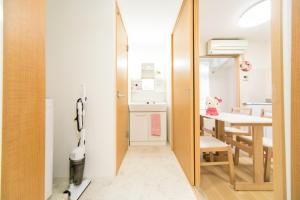 Dotonbori Fine & Large Room M, Apartments  Osaka - big - 44