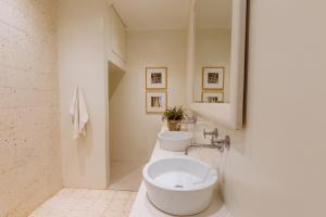 Cape Standard Guest House, Penzióny  Kapské Mesto - big - 5