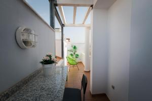 Holidays2Malaga Studios Juan de Mena, Apartmány  Málaga - big - 45