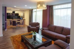 Q Apartments, Apartments  Braşov - big - 47