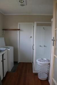 Whanau Alley, Дома для отпуска  Coromandel Town - big - 11
