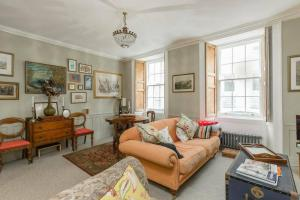 Quirky Antique Apartment, Apartments  Edinburgh - big - 1