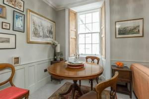 Quirky Antique Apartment, Apartments  Edinburgh - big - 3