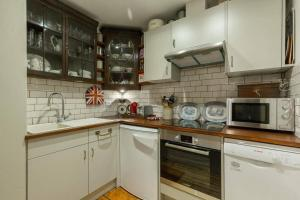 Quirky Antique Apartment, Apartments  Edinburgh - big - 10