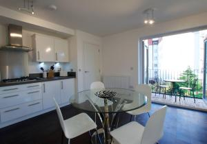 Bright City Centre Flat, Ferienwohnungen  Edinburgh - big - 9
